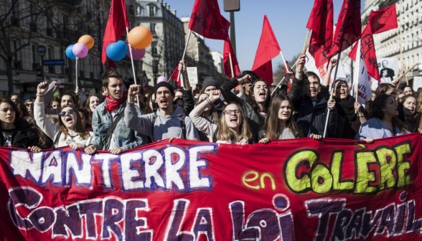 Des étudiants de Paris-Ouest-Nanterre-La-Défense ont manifesté contre le projet de loi El Khomri le 17 mars 2016 à Paris. // © Simon LAMBERT/HAYTHAM-REA //©Simon LAMBERT/HAYTHAM-REA
