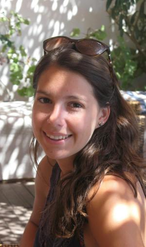 Julie, étudiante en DUT scientifique, compte poursuivre ses études en école d'ingénieurs.