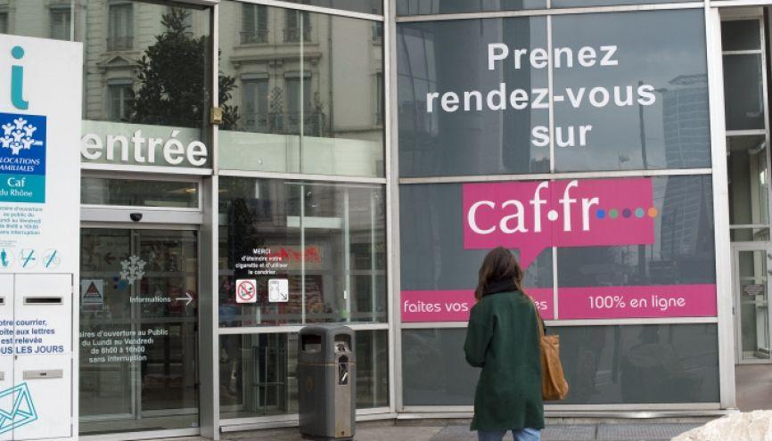 La CAF peut vous aider à financer votre BAFA. //©Laurent Cerino/REA