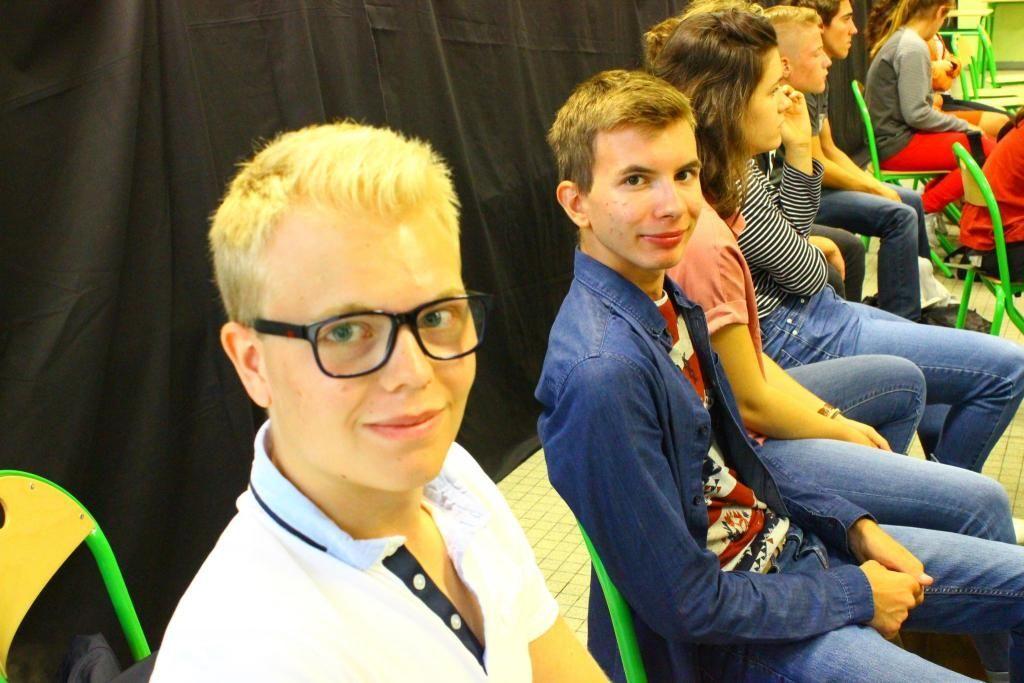 Corentin et Logan ont tous les deux eu une mention très bien à leur bac S. Ils ne sont que 15 garçons dans la classe. //©Delphine Dauvergne