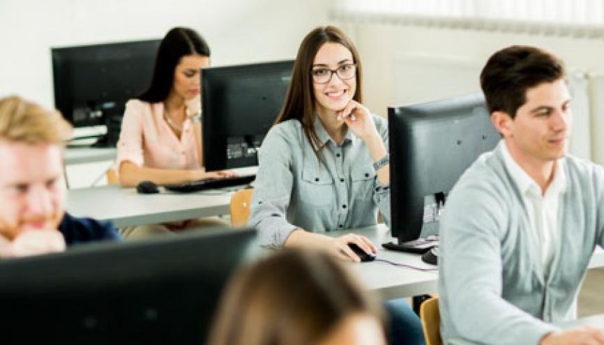 Deux ans après leur diplôme, plus de 90% des étudiants issus d'un DUT étaient en emploi. //©l'Etudiant