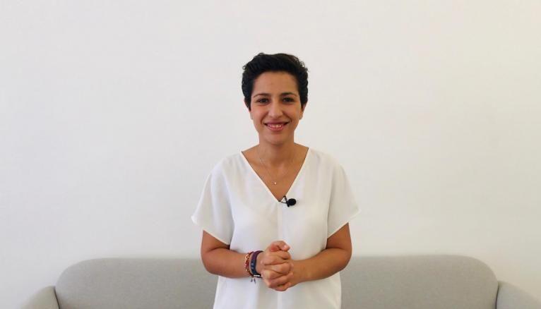 """Sarah El Haïry, secrétaire d'État en charge de la Jeunesse et de l'engagement : """"Nous pouvons être fiers de nos jeunes durant cette crise : ils s'engagent, ils se mobilisent. Nous devons les aider""""."""