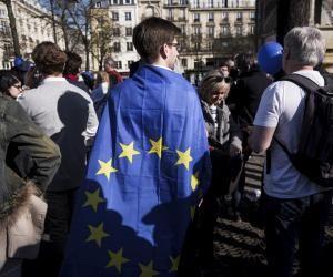À l'aube des élections européennes, les jeunes s'engagent sur plusieurs listes.