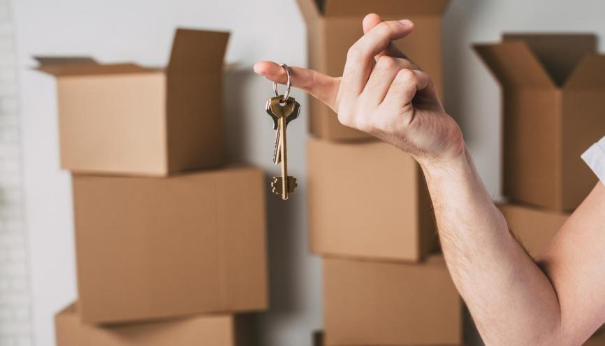 Considérés comme salariés, les alternants ne sont plus prioritaires pour obtenir un logement du CROUS. //©BestForYou