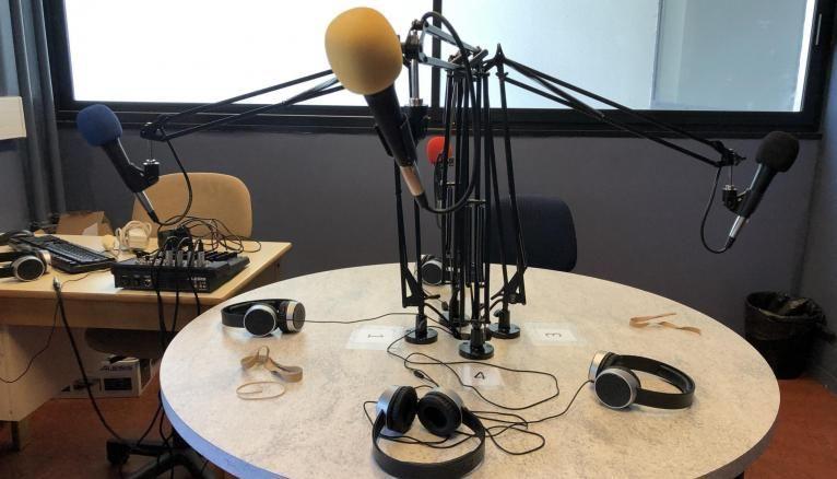 Le studio radio a été aménagé et personnalisé par les élèves, grâce à une subvention du Conseil régional.