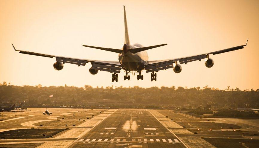 Inutile d'attendre d'avoir votre bac pour prendre votre envol. //©Rob Hammer/Aurora Photos/Plainpicture
