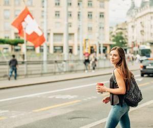 La Suisse attire des jeunes de tout le continent, qui se pressent pour intégrer ses écoles reconnues.