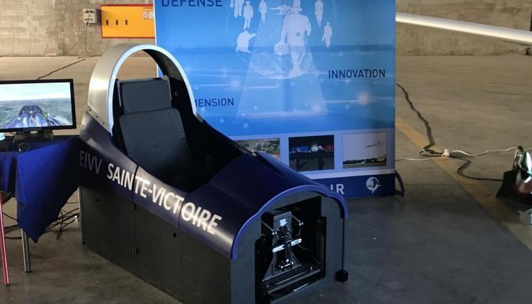 Un simulateur de vol pour les apprentis pilotes