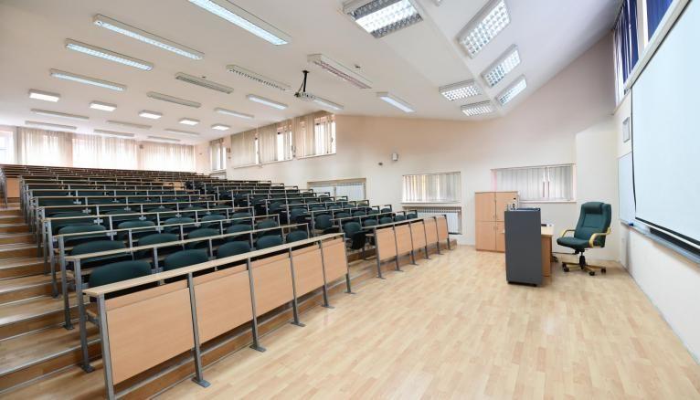 À partir du vendredi 30 octobre, les cours auront lieu à distance dans les établissements du supérieur.