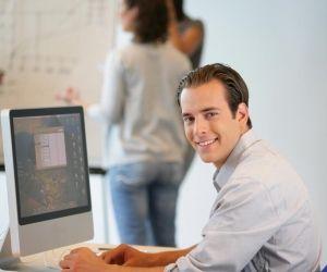 Dans une PME ou une grande entreprise, les postes en alternance proposés aux commerciaux sont très variés.