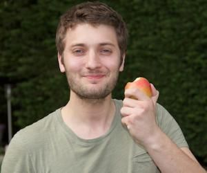 Maxime Brun propose des repas gluten free et vegan à cuisiner chez soi.