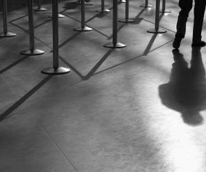 """La loi française, qui condamne certains types de discriminations, est l'une des rares à avoir inscrit """"l'apparence physique"""" comme critère valable."""