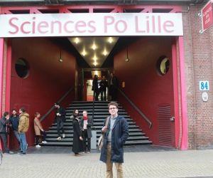 Robin est étudiant en 5e année à Sciences po Lille.