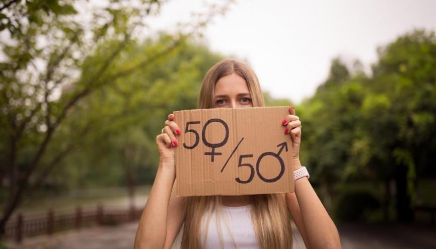 Les écoles et les universités agissent pour faire évoluer les mentalités. //©Adobe Stock/Алина Бузунова