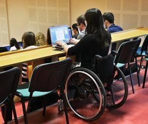 Le handicap ne doit pas vous empêcher de suivre des études supérieures.