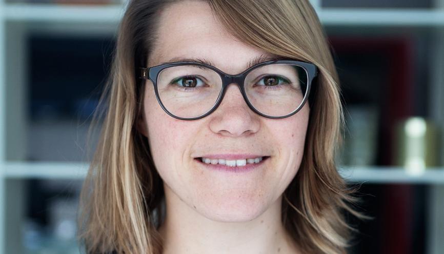 Mélanie Ponson, 25 ans, a découvert l'entrepreneuriat social à HEC et est devenue déléguée générale d'une association de l'économie sociale et solidaire. //©Antoine Schoenfeld
