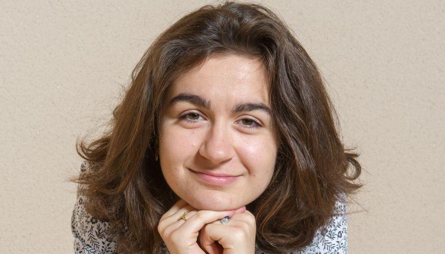 Laure est une très bonne élève, entreprenante et scientifique. //©Jean-Christophe Dupuy / Andia pour l'Etudiant