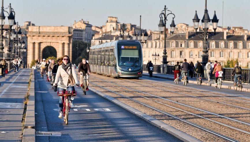 Bordeaux fait partie des villes les plus appréciées par les étudiants. //©Sebastien ORTOLA/REA