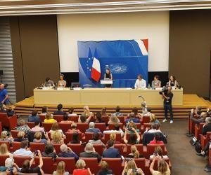 Le 23 juillet, la jeune activiste suédoise Greta Thunberg était l'Assemblée nationale pour promouvoir la lutte contre le réchauffement climatique.