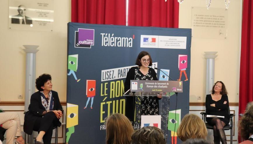 Zoé Courtois, ancienne étudiante et jurée, a témoigné de l'intérêt du Roman des étudiants. //©Marion Floch