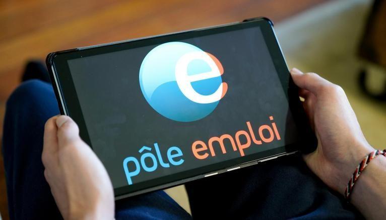 Si les agences Pôle emploi commencent à rouvrir sur rendez-vous dès le 18 mai, vous pouvez vous inscrire directement en ligne pour faciliter la démarche.
