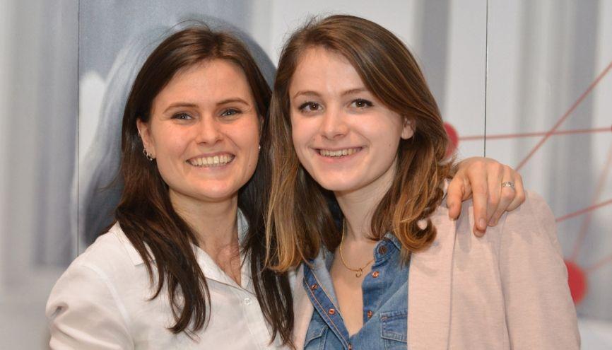 Aline Comble (à gauche) et Solène Comont sont devenues auto-entrepreneuses pour consacrer l'essentiel de leur temps à leur projet. //©Gamaphoto.fr