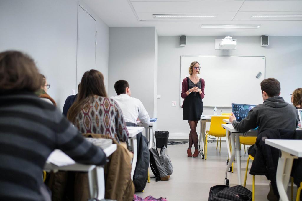 En quatrième année, Sciences po Bordeaux propose aussi aux élèves une préparation aux concours des écoles de journalisme. //©Eugénie Baccot/Divergence pour l'Etudiant