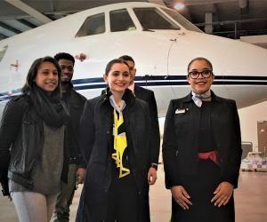 Des apprentis du CFA AFMAE dédié aux métiers de l'aérien à Bonneuil (95).