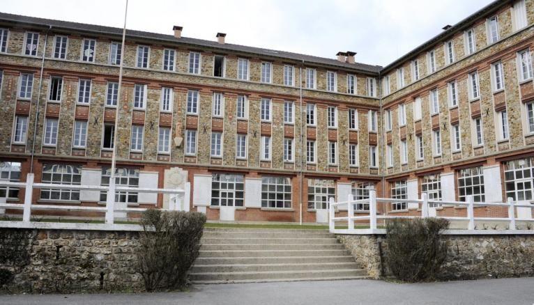 Le lycée privé Sainte Geneviève de Versailles est premier dans les filières PC.