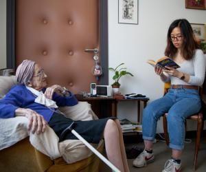 Tous les étudiants en travail social pourront bientôt aider les établissements sociaux et médico-sociaux.
