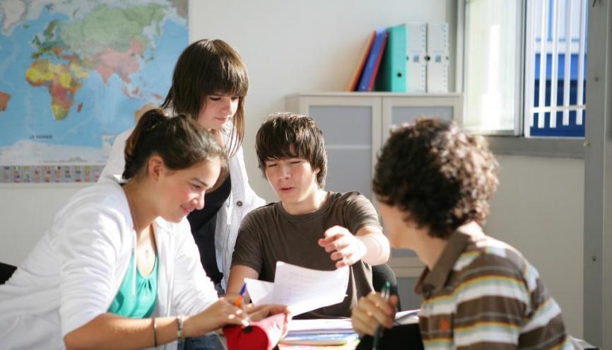 Les TPE sont un travail en groupe qui compte pour le bac. //©Phovoir