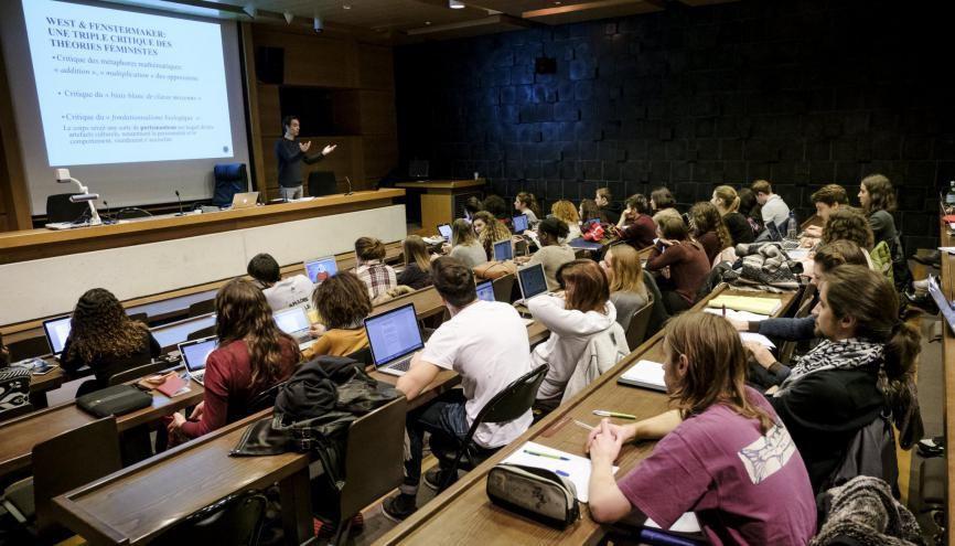 La fac : un univers inconnu pour les lycéens qui vont découvrir de nouvelles méthodes de travail. //©Simon LAMBERT/HAYTHAM-REA