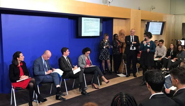 Brune Poirson, Jean-Michel Blanquer, Gabriel Attal et Emmanuelle Wargon écoutent les conclusions du conseil national de la vie lycéenne, le 5 avril 2019 au ministère de l'éducation nationale.