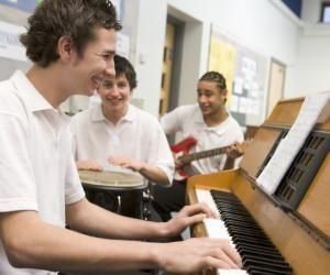 La musique, un métier de passion, pour lequel il existe toutefois de nombreuses formations.
