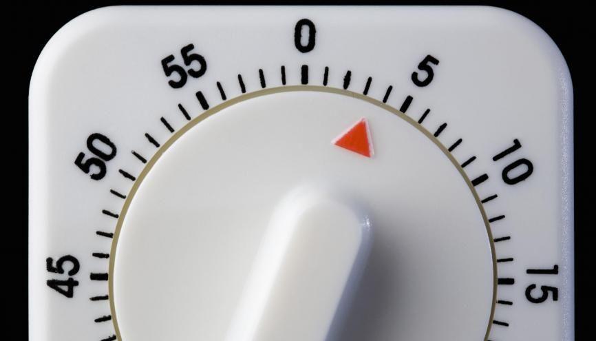 Tic tac - tic tac : diplôme en poche, vous avez seulement quatre mois pour demander l'ARPE. //©plainpicture/fStop/Caspar Benson