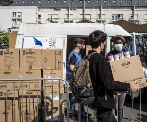 Le Secours populaire a constaté l'explosion des demandes, notamment lors des distributions alimentaires sur ses antennes de Seine-Saint-Denis.