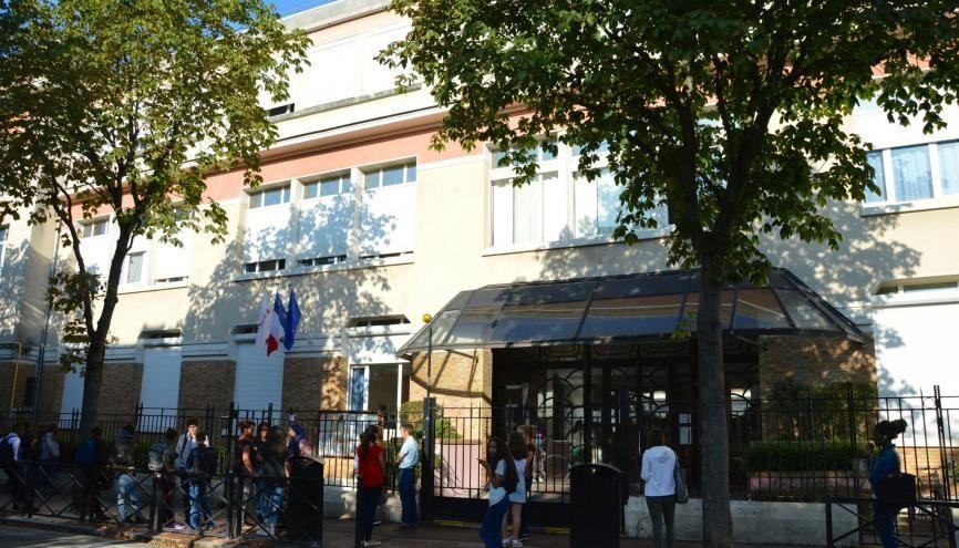 La rentrée en terminale au lycée Condorcet de Saint-Maur-des-Fossés (94). //©erwin canard