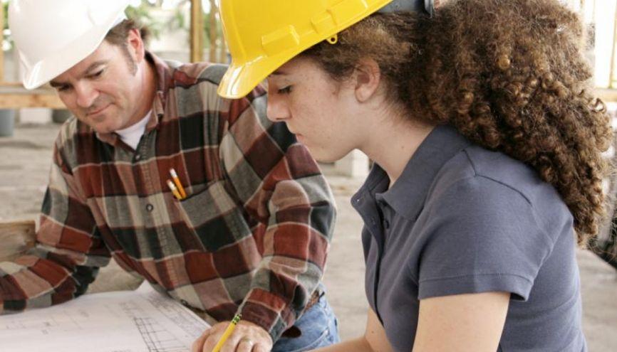 Les futurs ingénieurs en alternance sont très recherchés par les entreprises. //©Fotolia