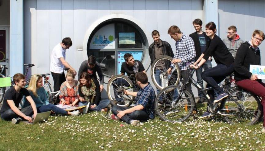 L'association Vélocampus loue des vélos à prix bas aux étudiants de l'IUT de Belfort-Montbéliard. //©IUT Belfort-Montbéliard