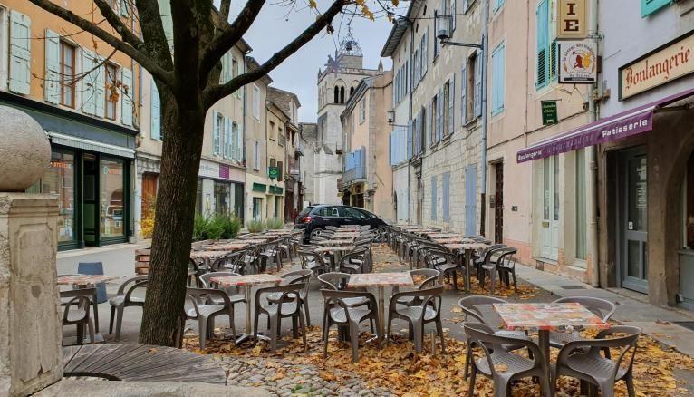 La petite ville de Die, dans la Drôme compte 4.000 habitants et un lycée.