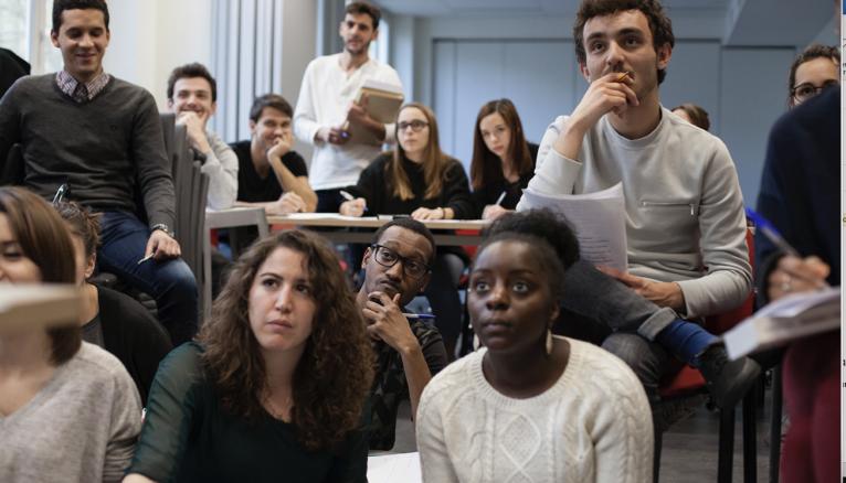 Des élèves issus de la Chance pour la diversité dans les médias.