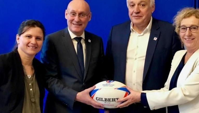 Roxana Maracineanu, ministre des Sports; Bernard Laporte président de la Fédération française de rugby; Claude Atcher directeur de la Coupe du monde de rugby France 2023; Muriel Pénicaud ministre du Travail.