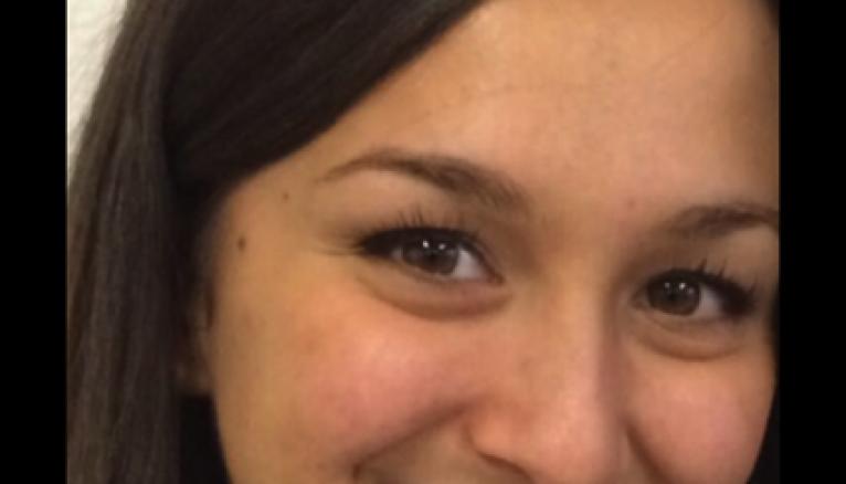 """Laetitia, 18 ans : """"""""Pour la partie maquillage et beauté des pieds, je me suis entraînée sur ma famille."""""""