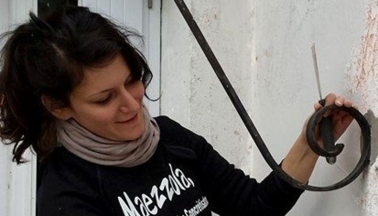 Maud Mazzola Rossi, 28 ans, a lancé en 2016 sa petite entreprise de peinture et décoration d'intérieur