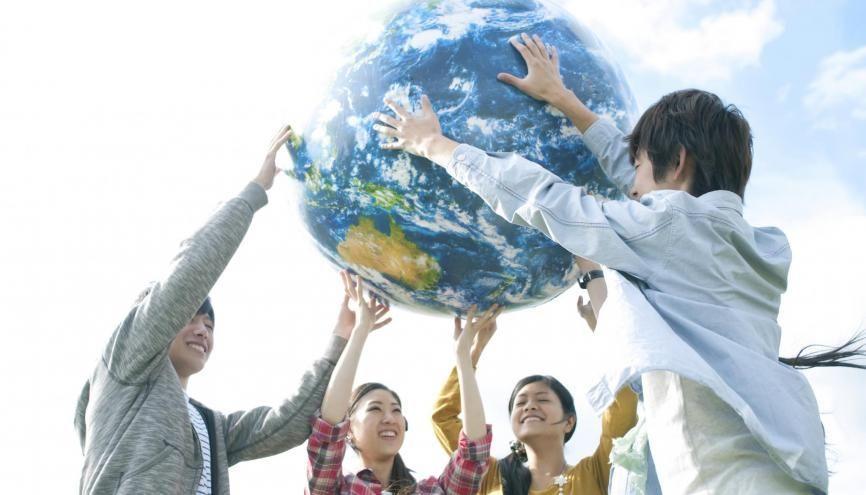 Le réchauffement climatique est l'un des grands enjeux internationaux qui préoccupe la jeunesse. //©Ohayou!/Adobe Stock