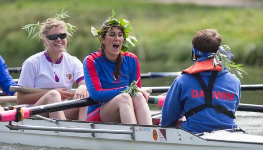 Marion est désormais capitaine de l'équipe d'aviron de son College. //©TakeaPuntCam