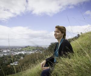 Raphaëlle souhaitait partir à l'autre bout du monde pour effectuer son stage de master de droit. Elle a choisi la Nouvelle-Zélande.