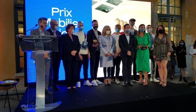 Les projets vainqueurs ex aqueo pour l'ensemble mobilier reçoivent leur prix en présence de Brigitte Macron, Roselyne Bachelot, Stéphane Bern et Hervé Lemoine (directeur du Mobilier national).