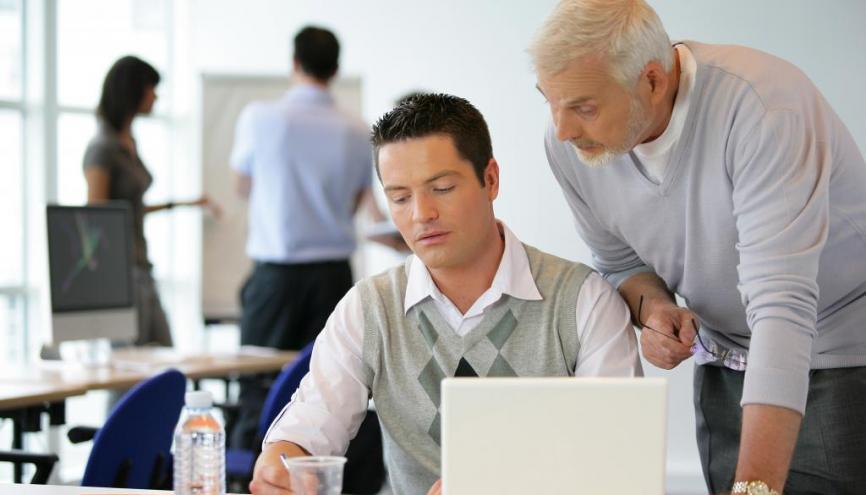 Les futurs apprentis ont jusqu'à trois mois après l'entrée en formation pour trouver une entreprise d'accueil. //©Phovoir