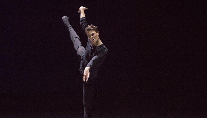 Hugo, à 24 ans, a atteint l'excellence dans son domaine. //©Ann Ray/Opéra National de Paris pour l'Etudiant